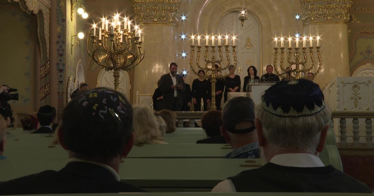 A helyi zsidók deportálásáról emlékeztek meg ma a szabadkai Zsinagógában