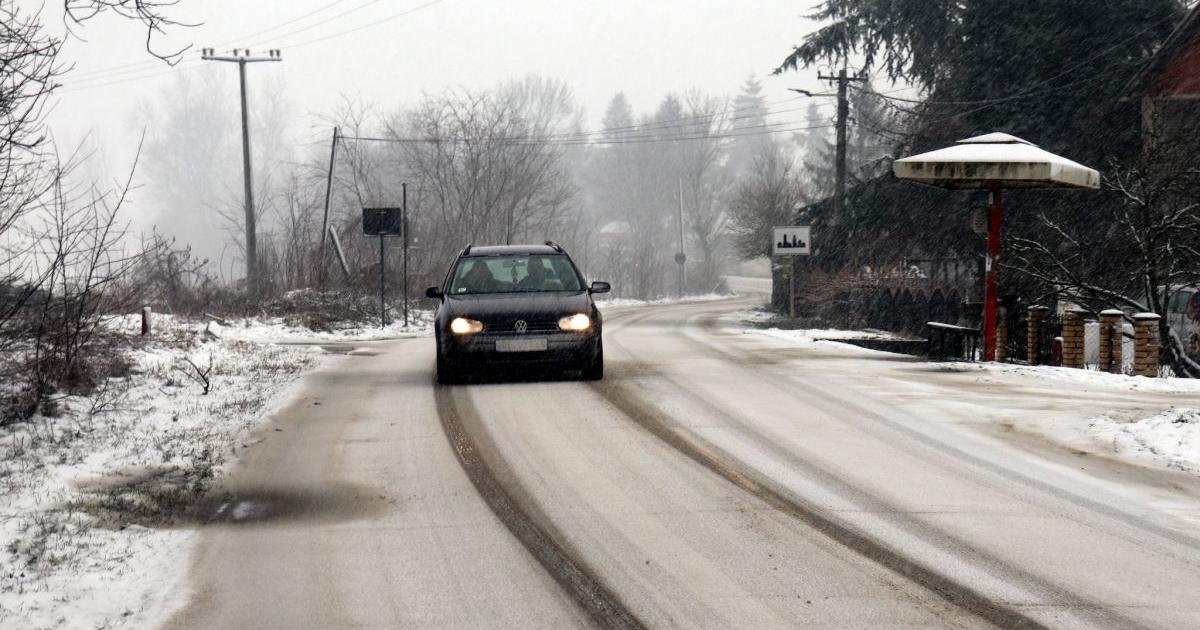 Ismét fennakadásokat okoz a hóesés Dél-Szerbiában
