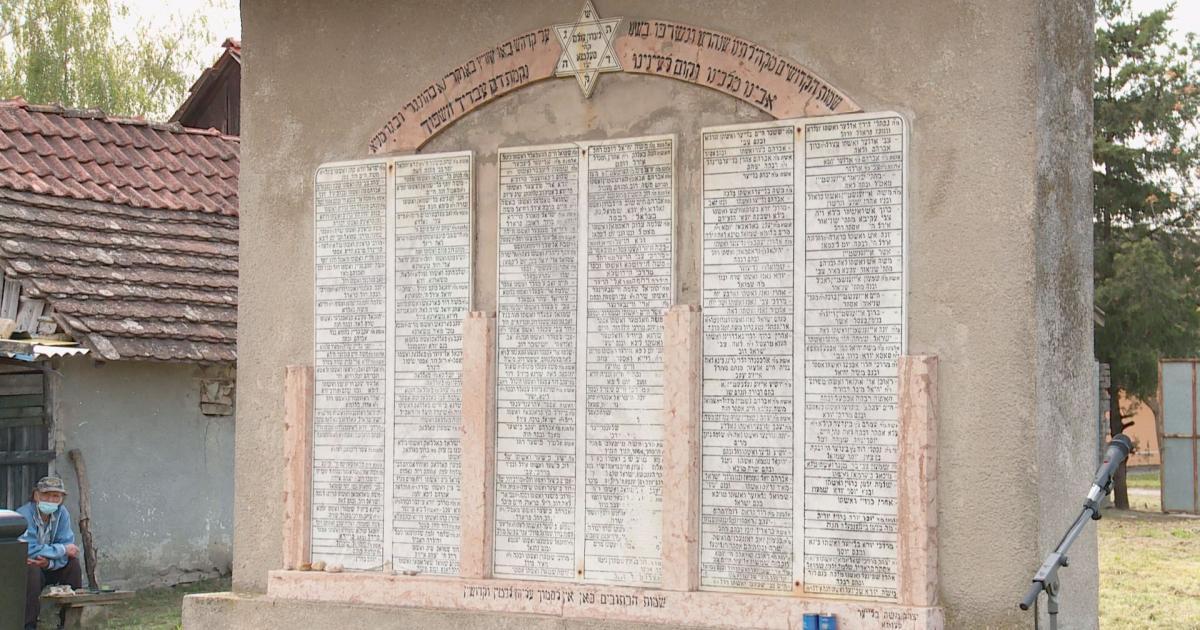 A holokauszt áldozataira emlékeztek Zentán