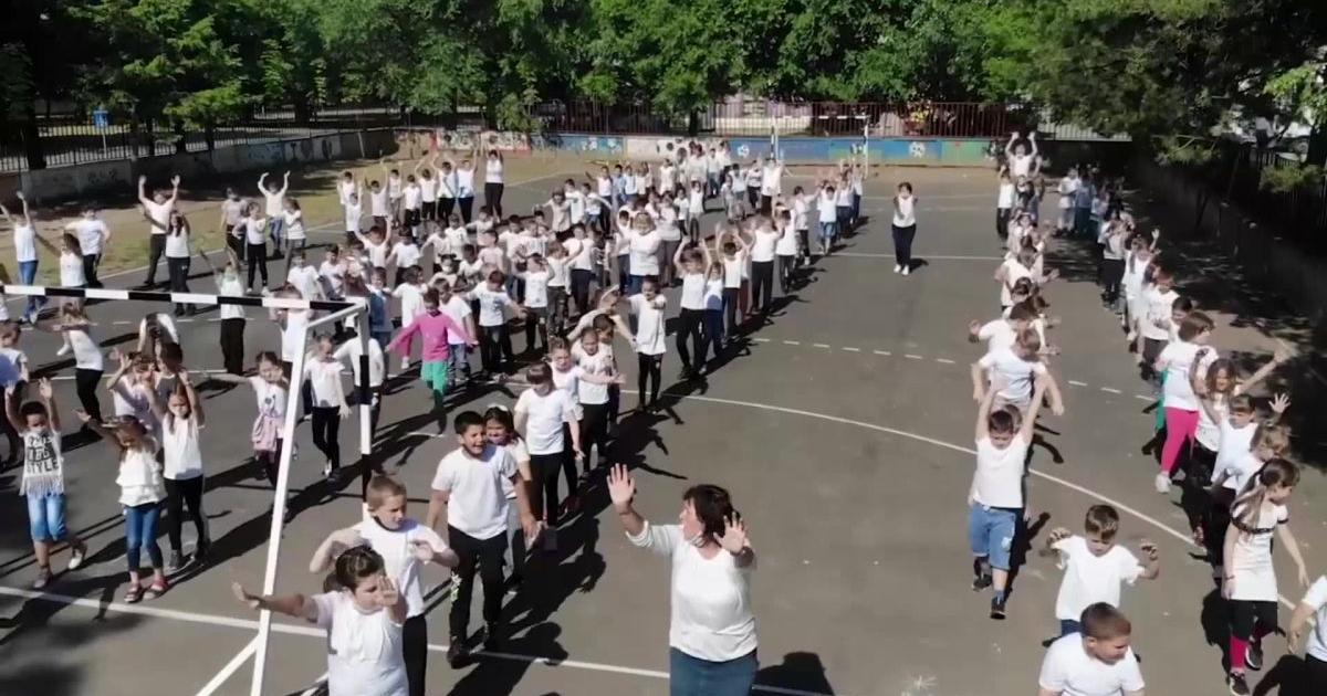 A tánc öröm és összeköt