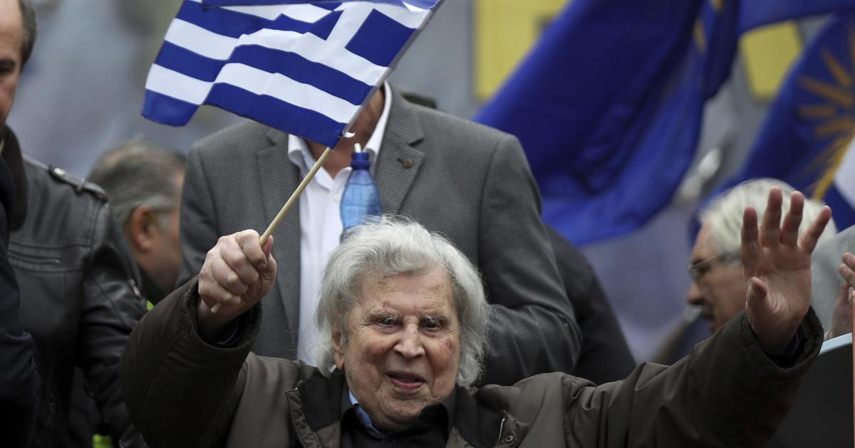 Elhunyt Mikisz Theodorakisz világhírű görög zeneszerző