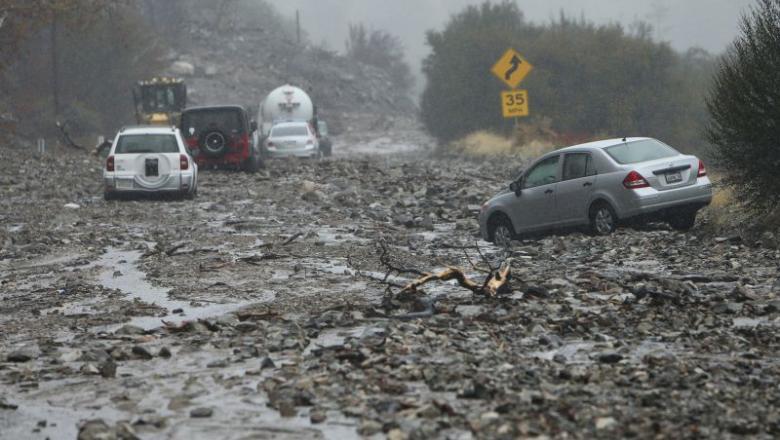 Világvégét idéző események Kaliforniában: tűzvész után áradások és fölcsuszamlások