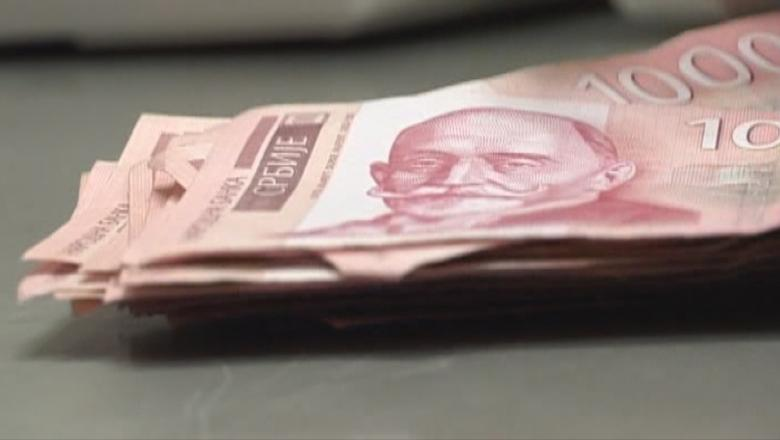 vegyen fel pénzt a hidrából)