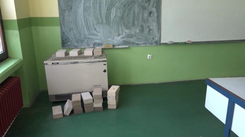 Villanykályha a tanteremben